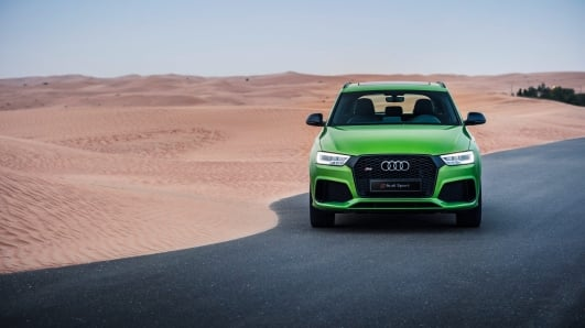 RSQ3_audi_SUV_green_front_2017.jpg