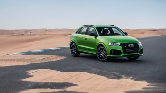 RSQ3_audi_SUV_green_front_angle_2017.jpg